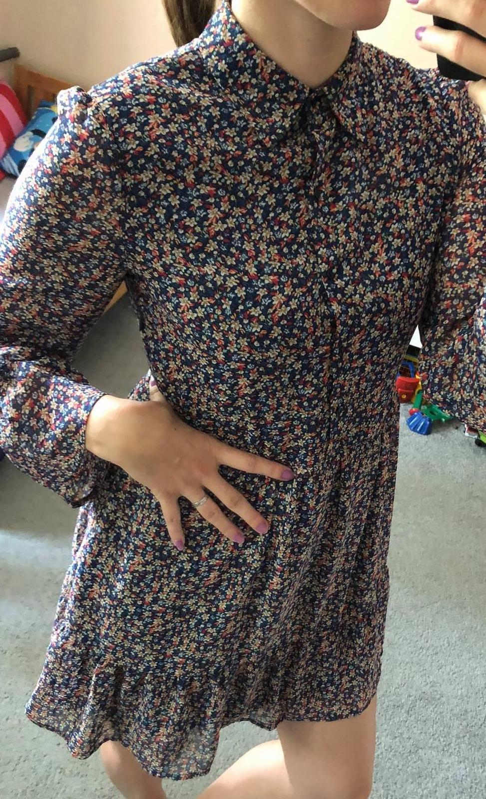 🌼Květinové šaty, vel. M🌼 - Obrázek č. 1