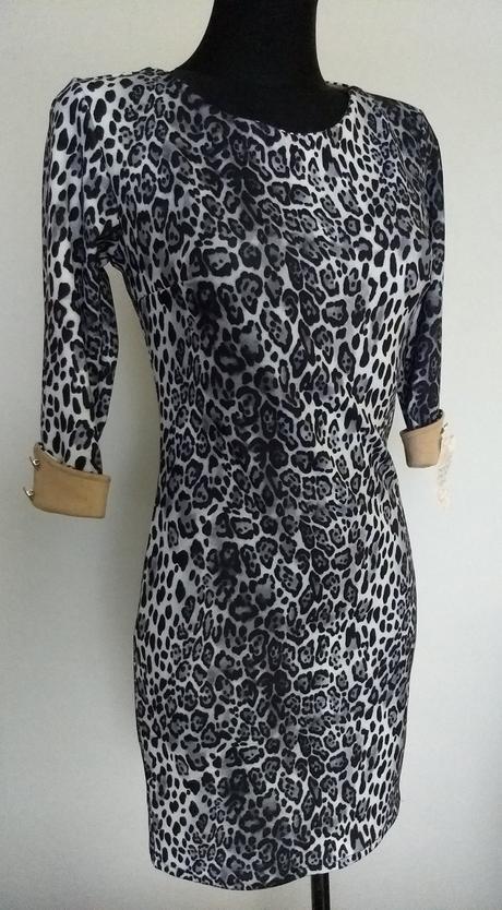 Tigrované šaty - Obrázok č. 1