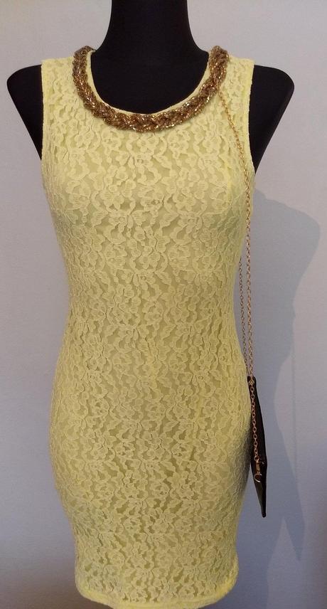 Krajkované šaty - Obrázok č. 1