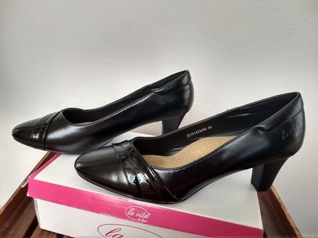 topánky - lodičky čierne s leskom - Obrázok č. 1