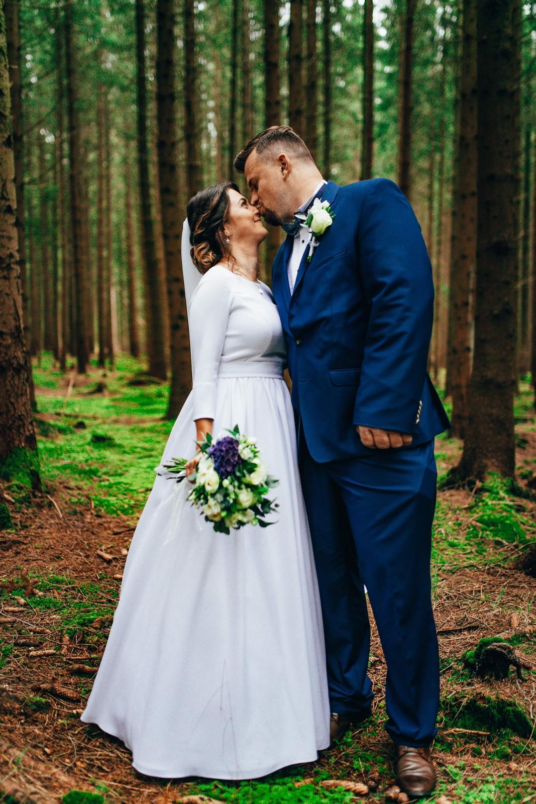Krásne svadobne šaty - Obrázok č. 1