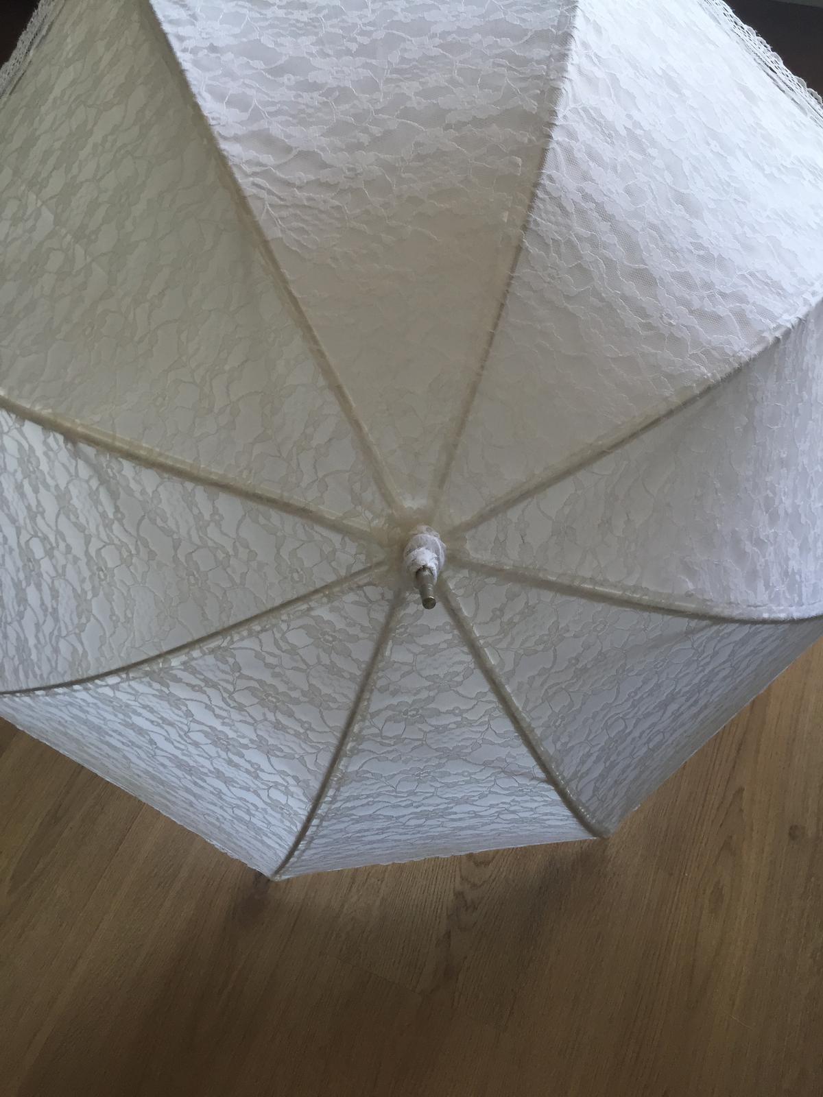 Svatební deštník na focení - Obrázek č. 1