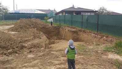 26.4.2016 - prvy vykop pivnica
