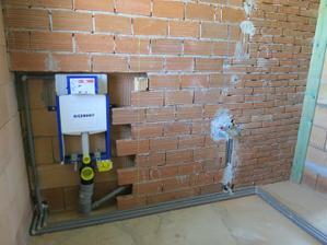 Koupelna (záchod + vývod na umyvadlo 20.5. 2012