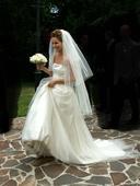 Originálne slonovinové svadobné šaty s vlečkou, 36