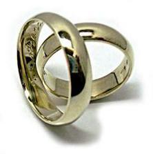 Tak vypadají naše snubní prstýnky