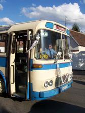 autobus pre hosti