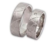 náš prstýnek- samozřejmě ten nejkrásnější :-)