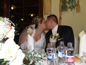 prvá manželská pusa