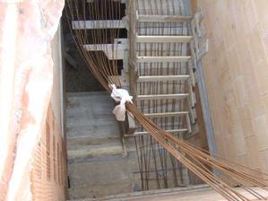 železo na schody