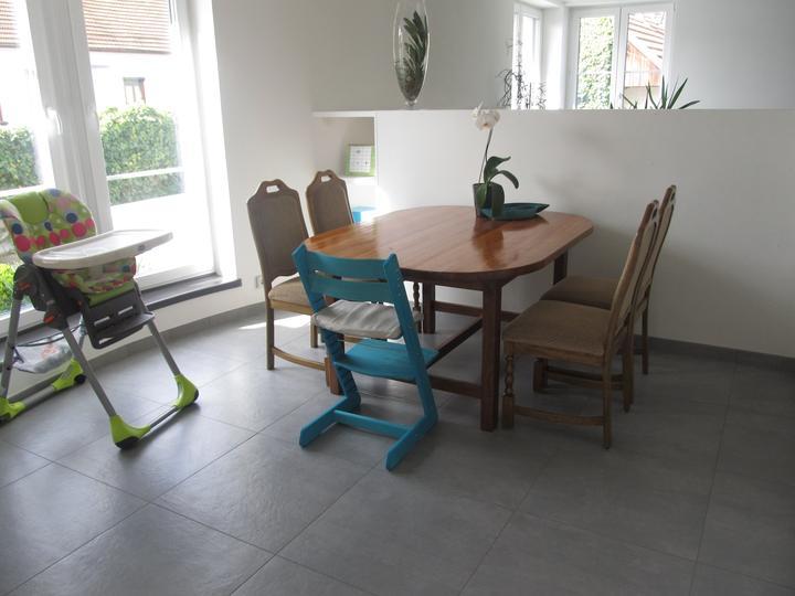 Naše bydlení - stůl už zůstane takhle :)