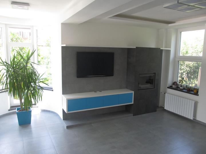 Naše bydlení - a obývací stěny :-)