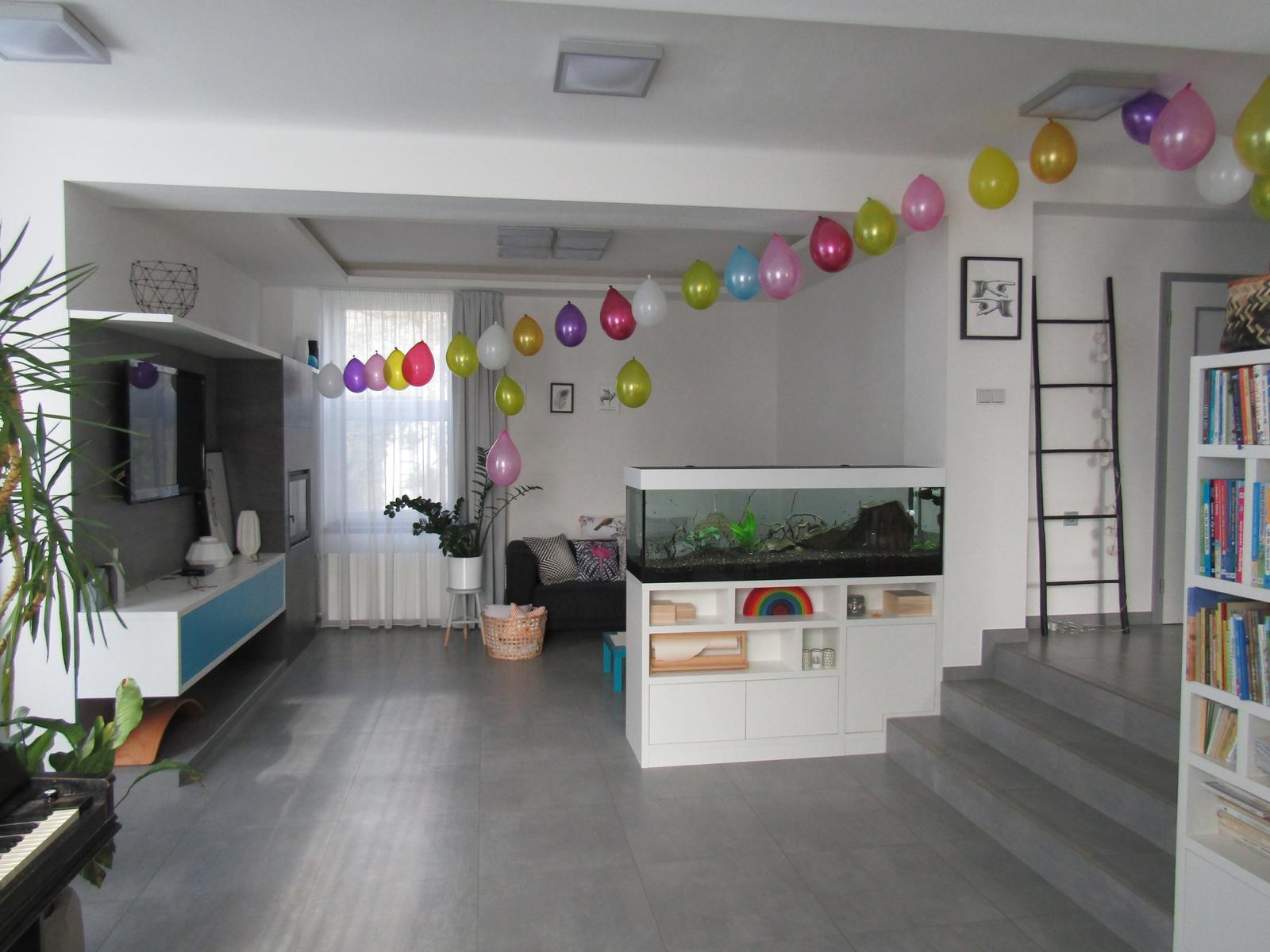 Naše bydlení - Když oslava, tak hlavně hodně balónků :-)