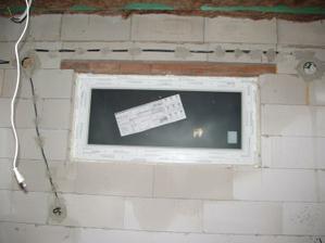 okno kuchyňa