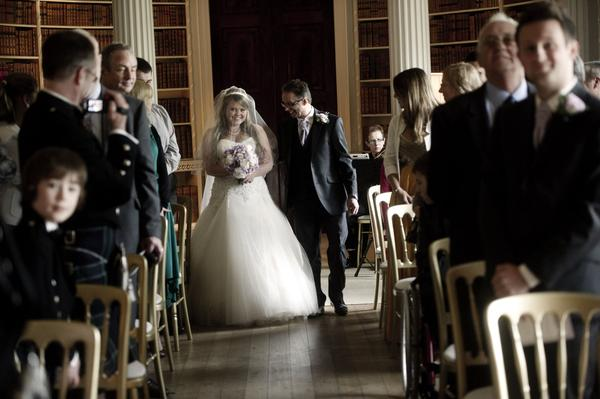 Sophie Hall{{_AND_}}Stuart Gillies - Focussed on hubby waiting for him to turn around