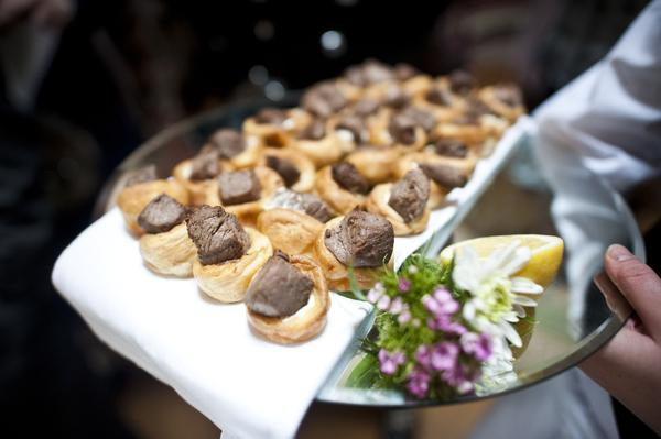 Sophie Hall{{_AND_}}Stuart Gillies - Canapes