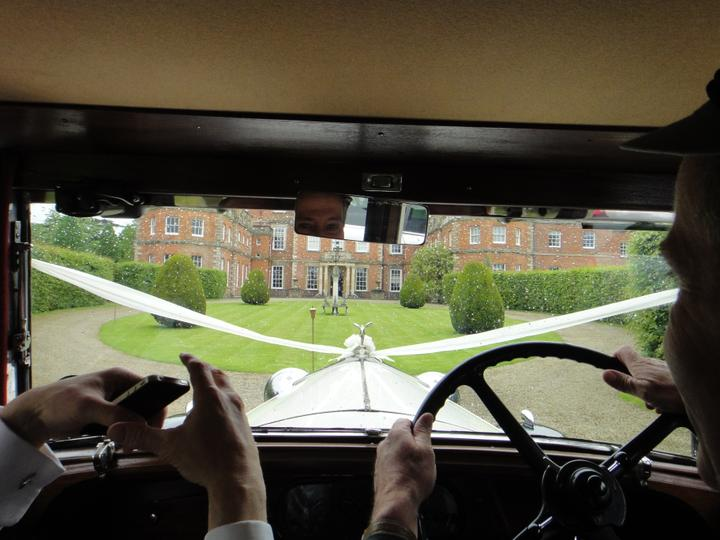 Sophie Hall{{_AND_}}Stuart Gillies - Driving up to the house! Exciting!