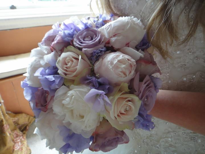 Sophie Hall{{_AND_}}Stuart Gillies - My gorgeous bouquet!