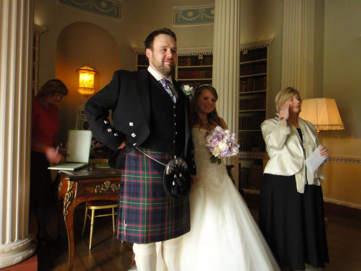 Sophie Hall{{_AND_}}Stuart Gillies - Married :)