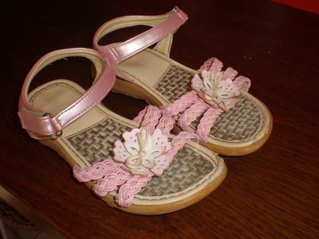 Dievčenské sandálky veľ. 29  - Obrázok č. 1