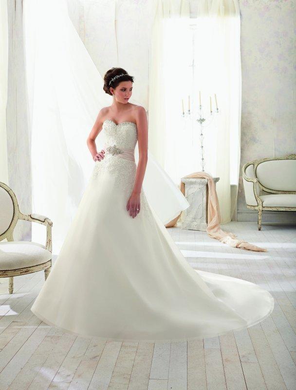 Svadobné šaty ako pre princezny - Obrázok č. 2