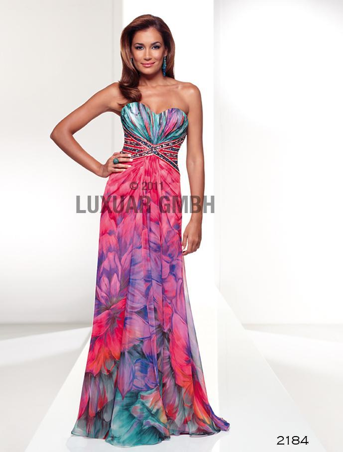 Luxusné spoločenské šaty  vo Svadobnom centre Valentíny - Obrázok č. 2