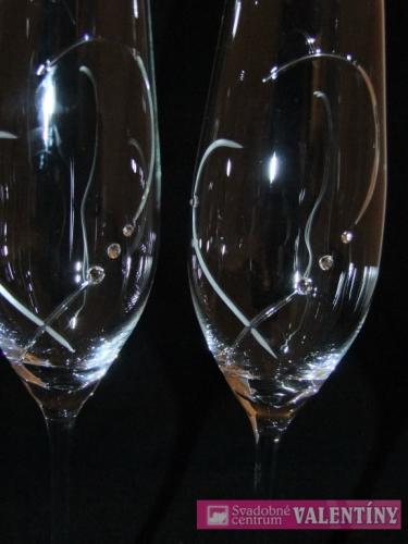 svadobný pohár  meno a dátum zdarma+ swarovské k. - Obrázok č. 1