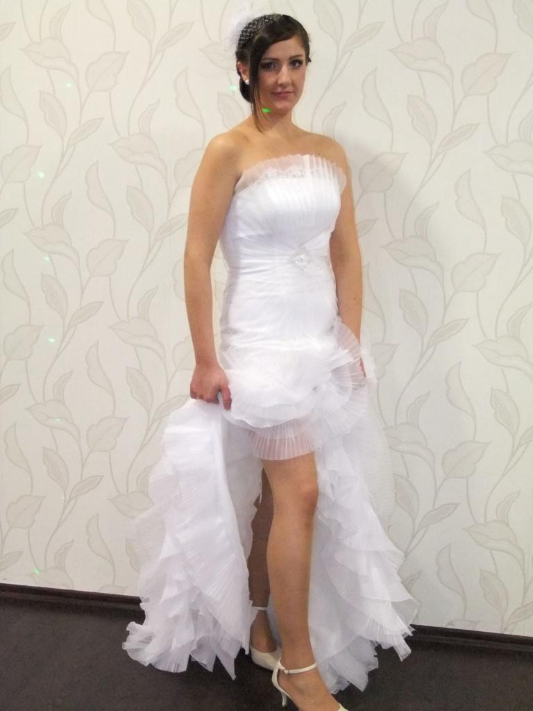sexi svadobné šaty - Obrázok č. 1
