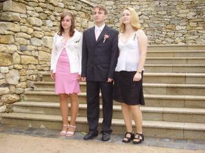Sourozenecké trio..