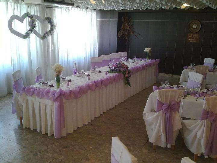 Ingrid{{_AND_}}Petko - naš svadobny stol.....