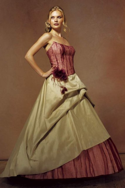 Svatební šaty - růžové i červené až do bordó - Obrázek č. 513