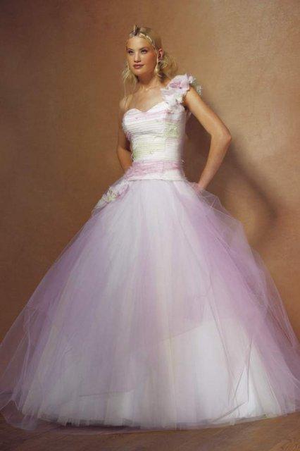 Svatební šaty - růžové i červené až do bordó - Obrázek č. 518
