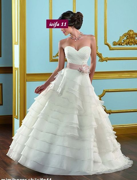 Svadobné šaty a oblek - Obrázok č. 60