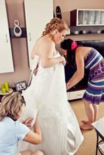 obliekanie do svadobných šiat