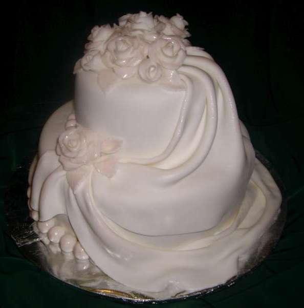 Svadobne torty, zakusky - Obrázok č. 73