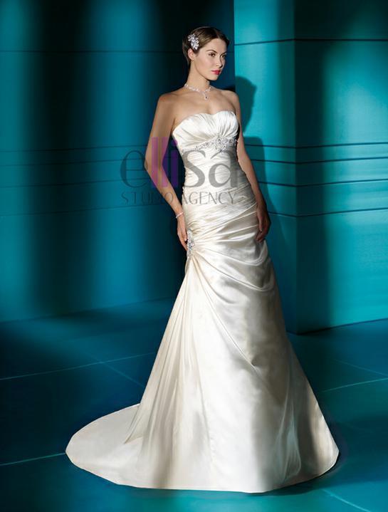 Svadobné šaty a oblek - Obrázok č. 35