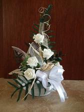 kvetinova vyzdoba na stoly