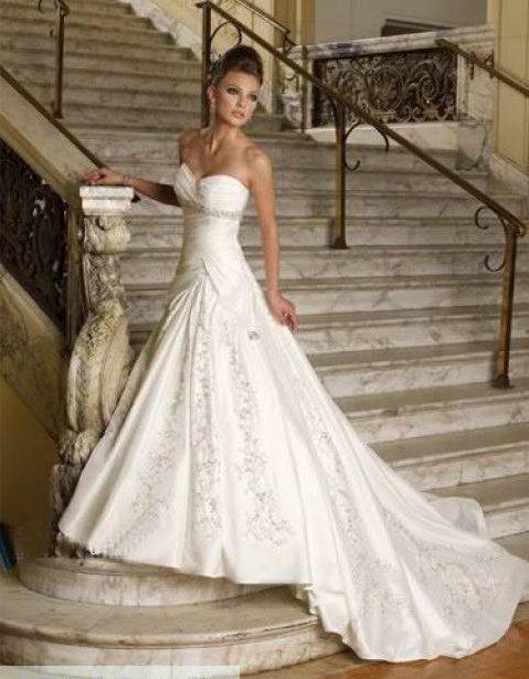 Svadobné šaty a oblek - Obrázok č. 45