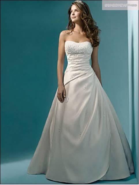 Svadobné šaty a oblek - Obrázok č. 28