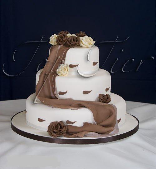 Svadobne torty, zakusky - Obrázok č. 22