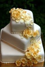 nasa svadobna torta objednana