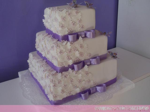 Svadobne torty, zakusky - Obrázok č. 44