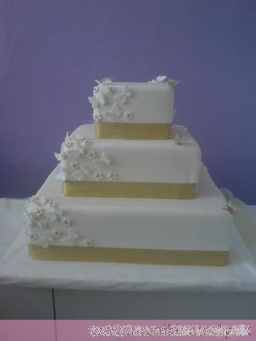 Svadobne torty, zakusky - Obrázok č. 45