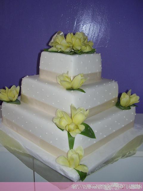 Svadobne torty, zakusky - Obrázok č. 52