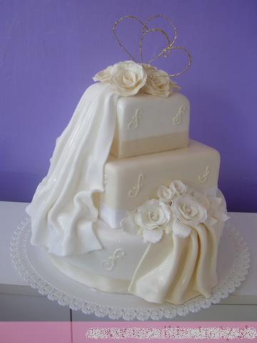 Svadobne torty, zakusky - Obrázok č. 61