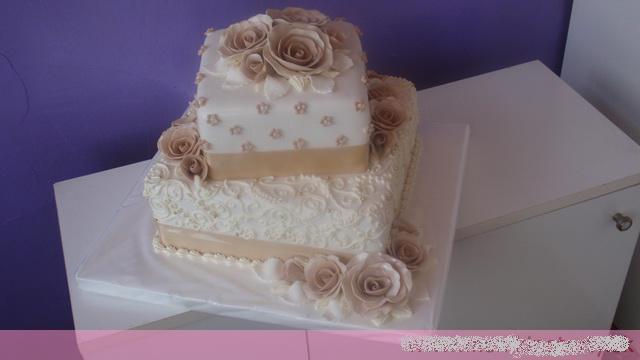 Svadobne torty, zakusky - Obrázok č. 62