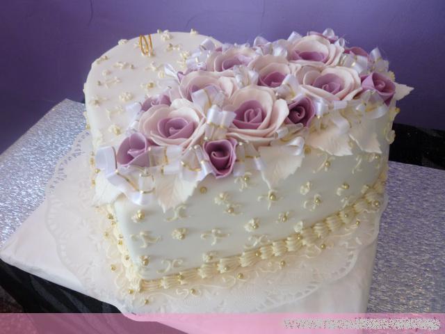 Svadobne torty, zakusky - Obrázok č. 99