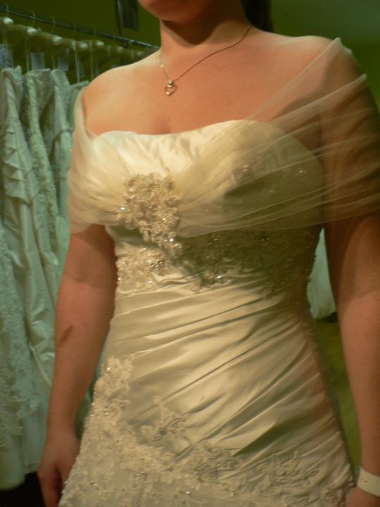 Skuska svadobych siat - zarezervovana aj takato stola na chrbat