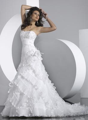 Svadobné šaty a oblek - Obrázok č. 24