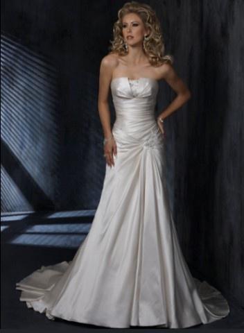 Svadobné šaty a oblek - Obrázok č. 21